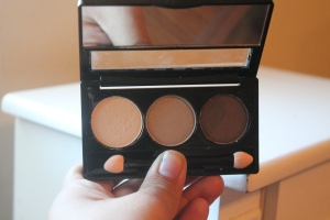 Ny Trio shadows in order Nude, Taupe and Dark Brown