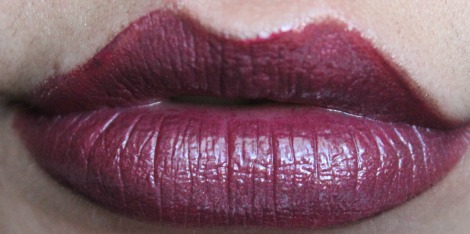 viva glam rihanna lipstick with la girl lipgloss