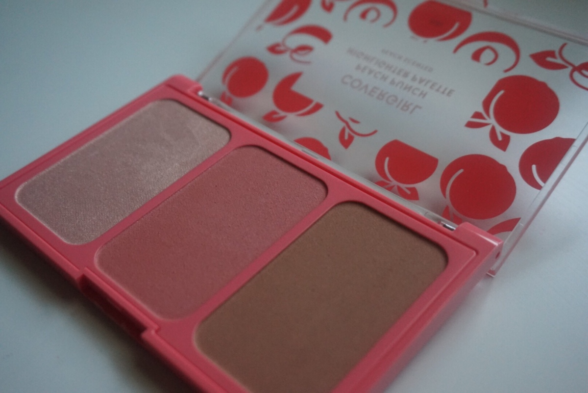 First Impression: Covergirl Peach Punch Highlighter palette